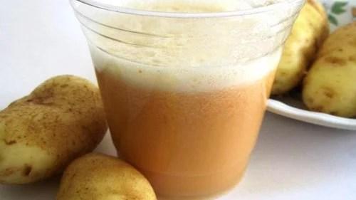 Preparo de batata e azeite para combater a gastrite