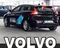 Carro Volvo estaciona sozinho