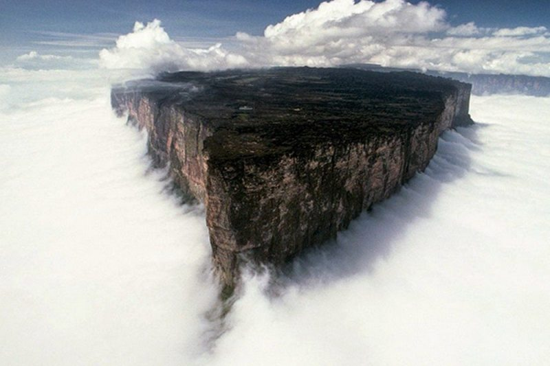 Monte Roraima, na tríplice fronteira entre Brasil, Venezuela e Guiana
