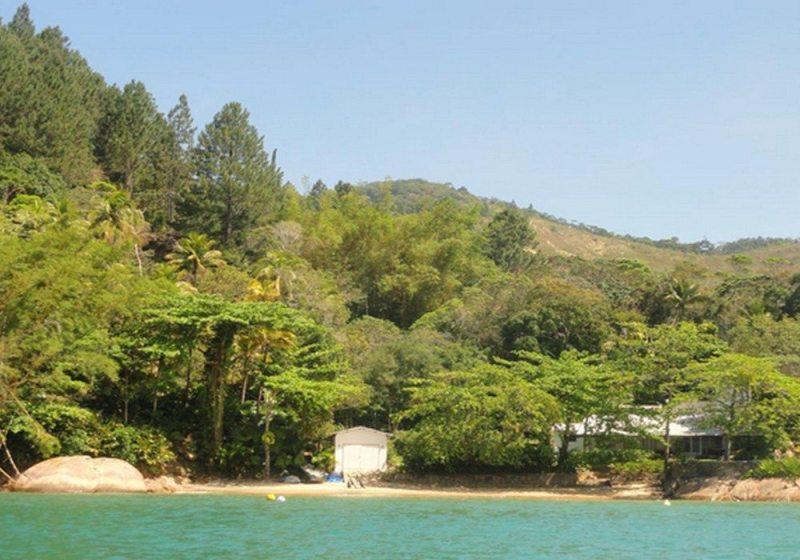 Praia Do Dionísia