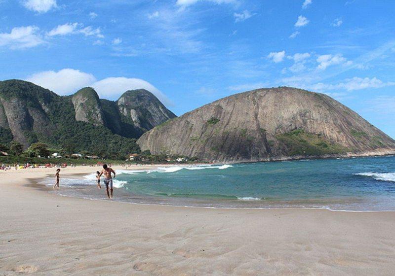 Itacoatiara praia mais bonita de niterói