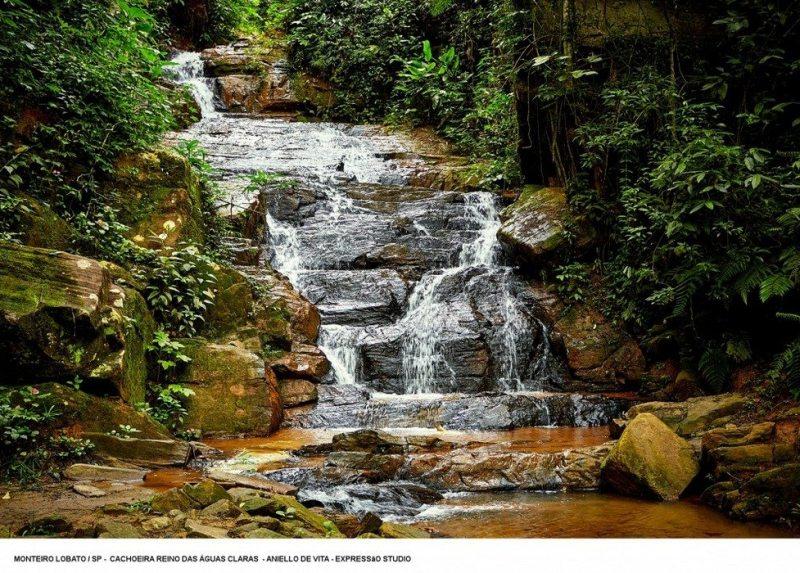 cachoeira reino das águas claras