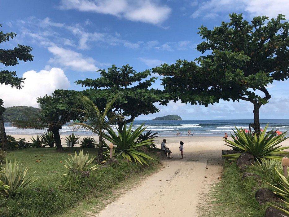 Praia Da Baleia Em São Sebastião