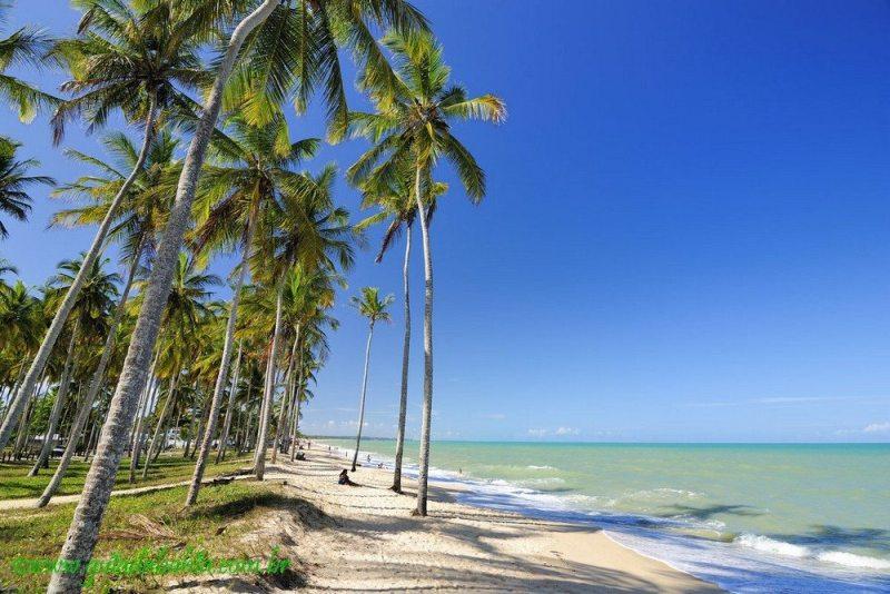 Praia do Coqueiral Prado BAHIA