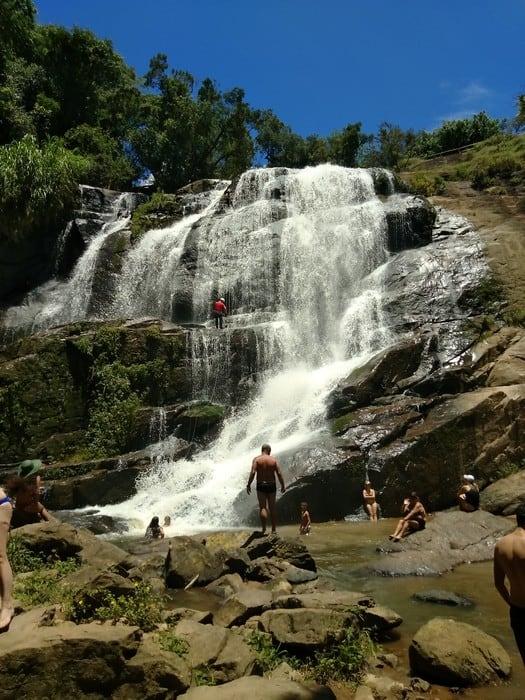 cachoeira dos felix em bueno brandão