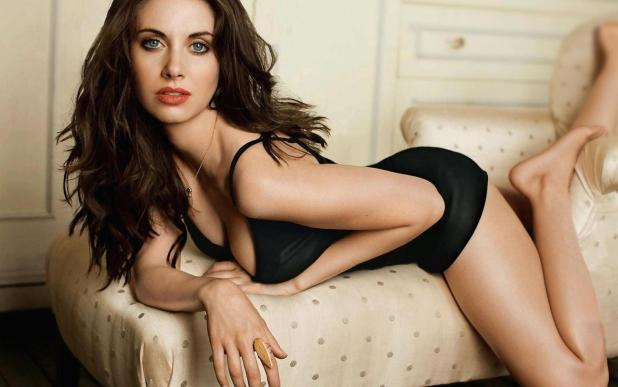 Alison Brie hot sexy