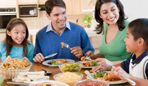 As refeições em família diminuem o risco de obesidade