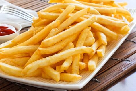 Os fritos têm um baixo valor nutricional além de aumentarem os niveis de colesterol LDL