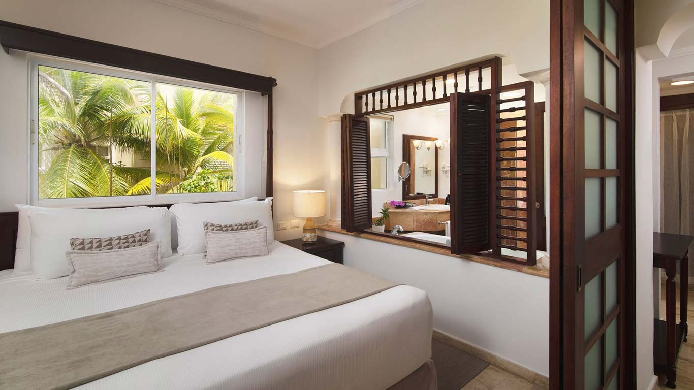 You'll have all the amenities of the larger resort, with the added benefit of highly. Melia Caribe Beach Resort Punta Cana Dominican Republic The Level Junior Suite