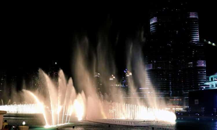 Dubai-Fountain