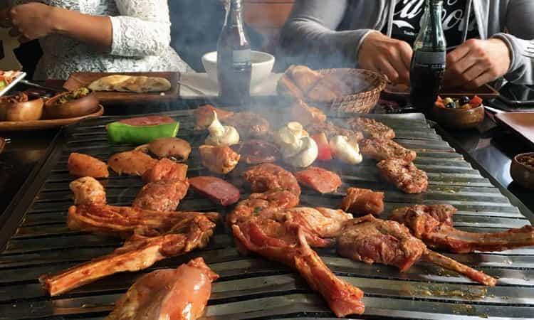 Lider Mangalbaşı -vlees-op-de-grill