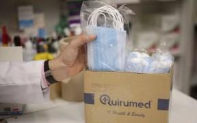 El Colegio de Médicos de Melilla se muestra a favor de eliminar la mascarilla en el exterior