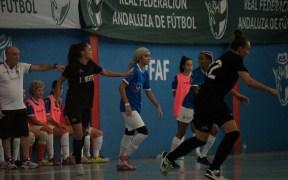 Amal estuvo acertada en su debut con el primer equipo, aunque un poco nerviosa