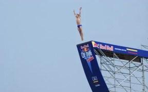 El colombiano Orlando Duque, en uno de sus saltos