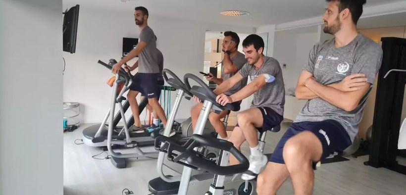 El equipo se entrenó en el gimnasio de las instalaciones del C.V. Manacor