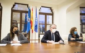 De Castro en una reunión