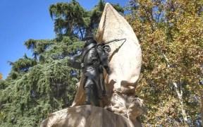 escultura del Cabo Noval
