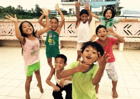kids jumping – Version 2