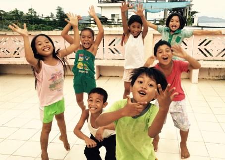 kids jumping – Version 2