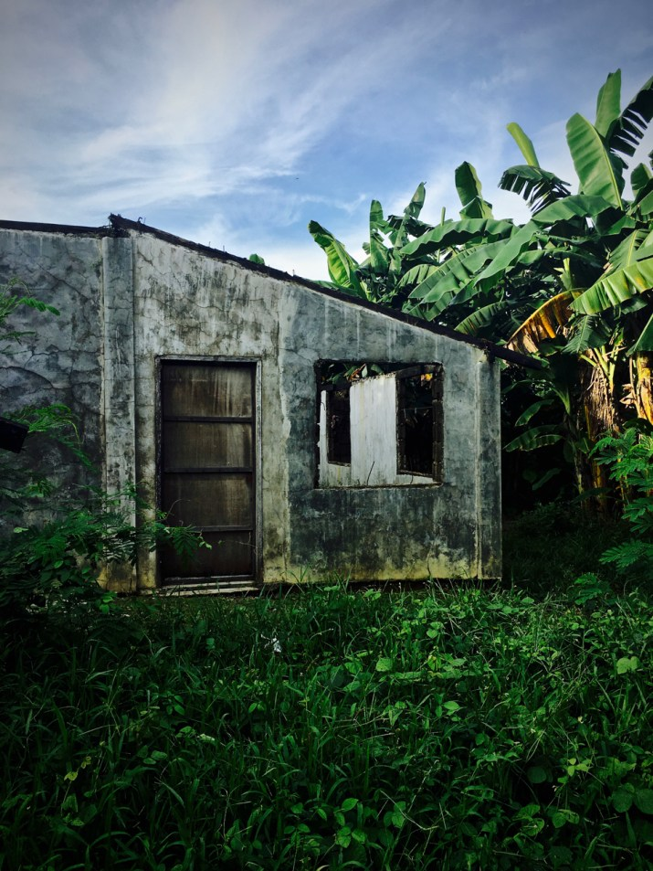 old concrete house with no roof
