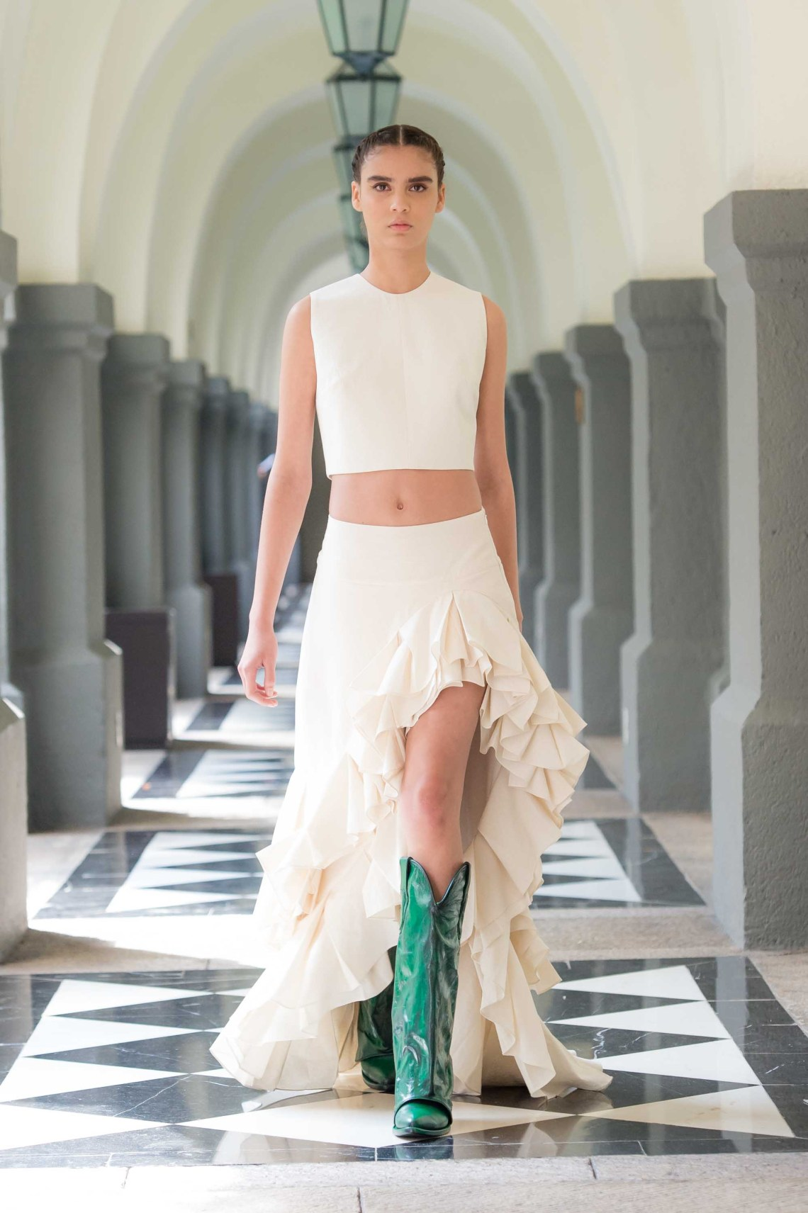 Lorena Saravia 2020 inspiración para novias