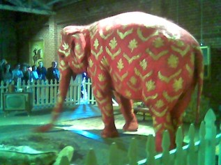 Banksy elephant 245188976[H]