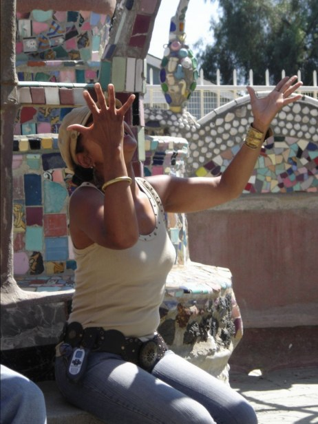 Watts Towers guide 220642937[H]