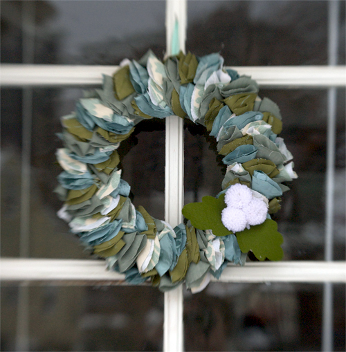 domesitfluf wreath 1