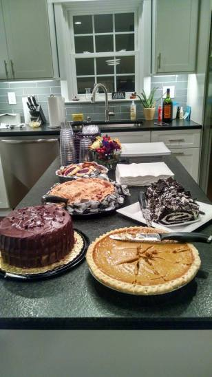 thanksgiving-dessert-table-2016