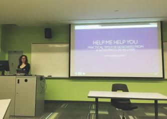 Dara Skolnick speaking at WordCamp Toronto 2015