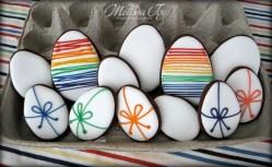 ribbon-eggs