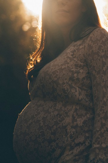 Maternity Photos: Topanga State Parkv