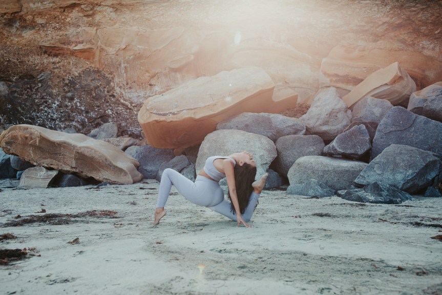 LIFESTYLE photos: Varley Yoga + Revolve + Katie Elliott