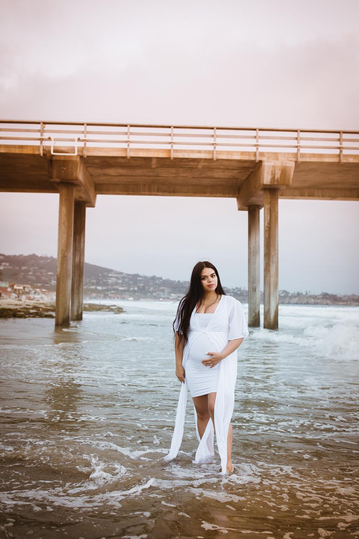 MATERNITY photos: Scripps Beach, La Jolla, CA