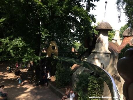 Carro na árvore - Efteling