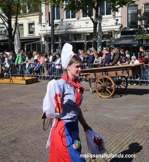 Vendedora queijo Alkmaar