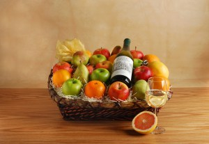 White Wine Gift Basket V3a