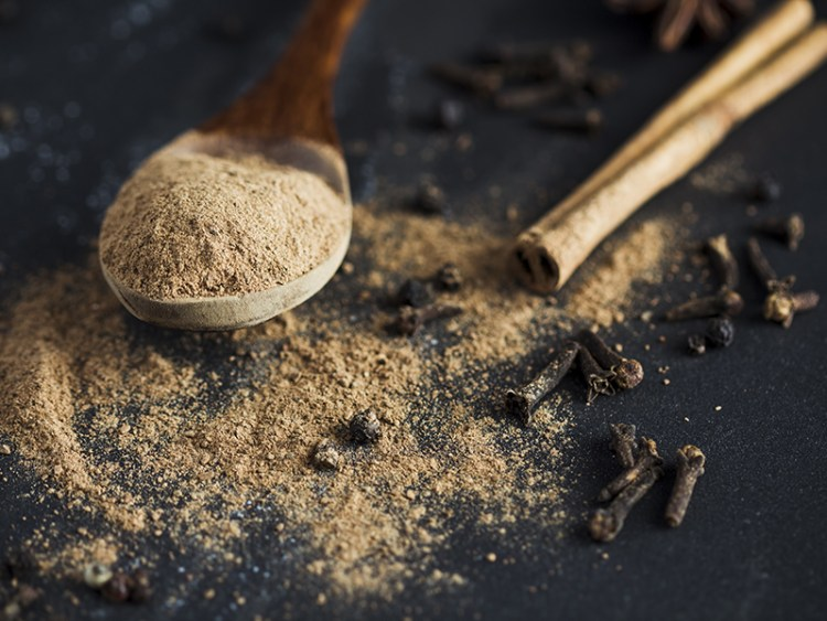 Ground cinnamon and spices