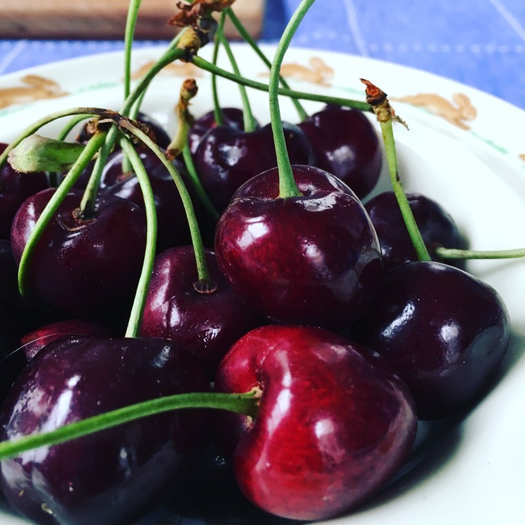 Burlat Cherries Mattawa 2016