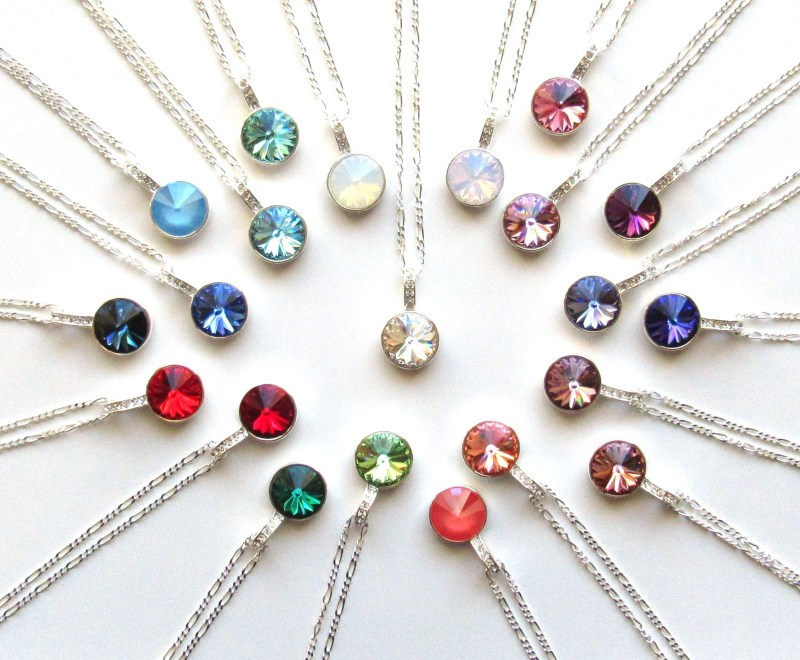 COLORED_CRYSTAL_PENDANTS