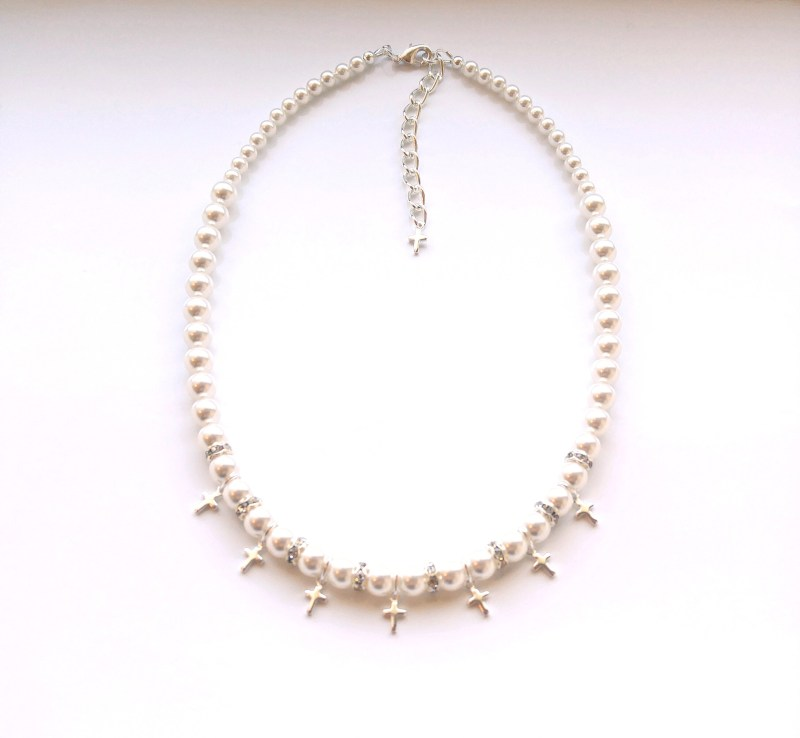 silver cross and pearl necklace for girls 3