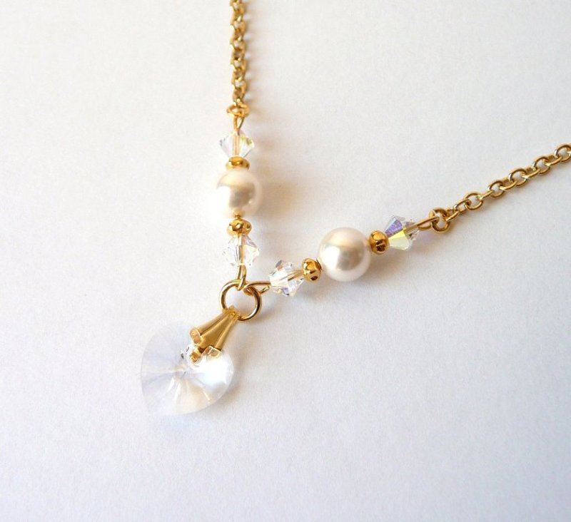 GN2-girls-necklace-gold-pearl-swarovski-crystal