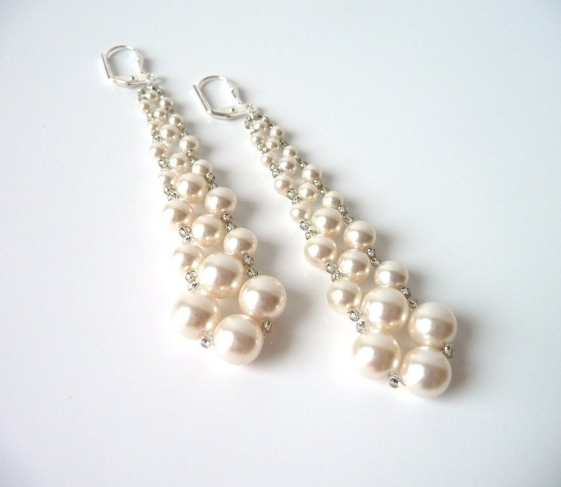 WE11-long pearl earrings