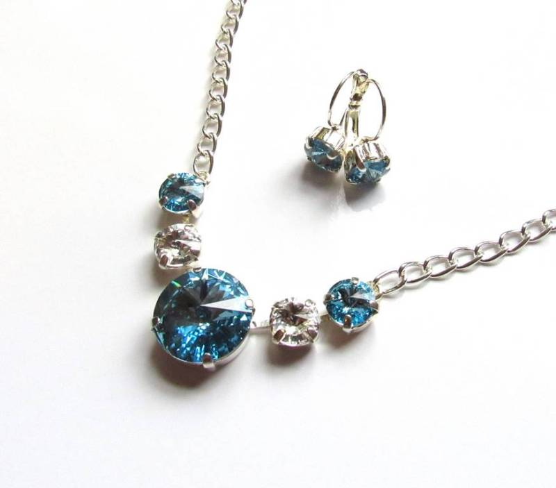 WS17-Swarovski Aquamarine & Clear Crystal Necklace & Earring Set
