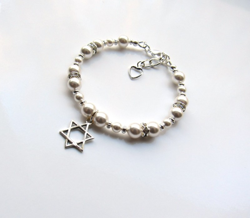 -GIRLS PEARL BRACELET WITH STAR OF DAVID CHARM