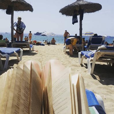 Hvad skal vi læse på stranden i år?