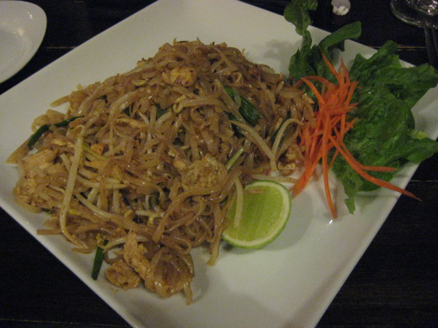 Thai Dee | San Antonio, Texas | Pad Thai