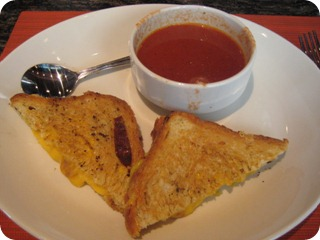 Black Walnut Cafe | Katy, Texas | Grilled Cheese with Tomato Soup