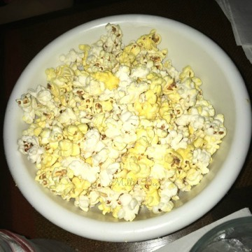 Caps Piano Bar | Houston, Texas | Popcorn