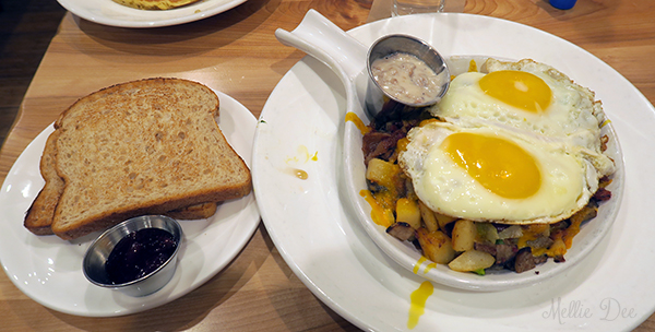 Yolk | Chicago, Illinois | Countryside Skillet